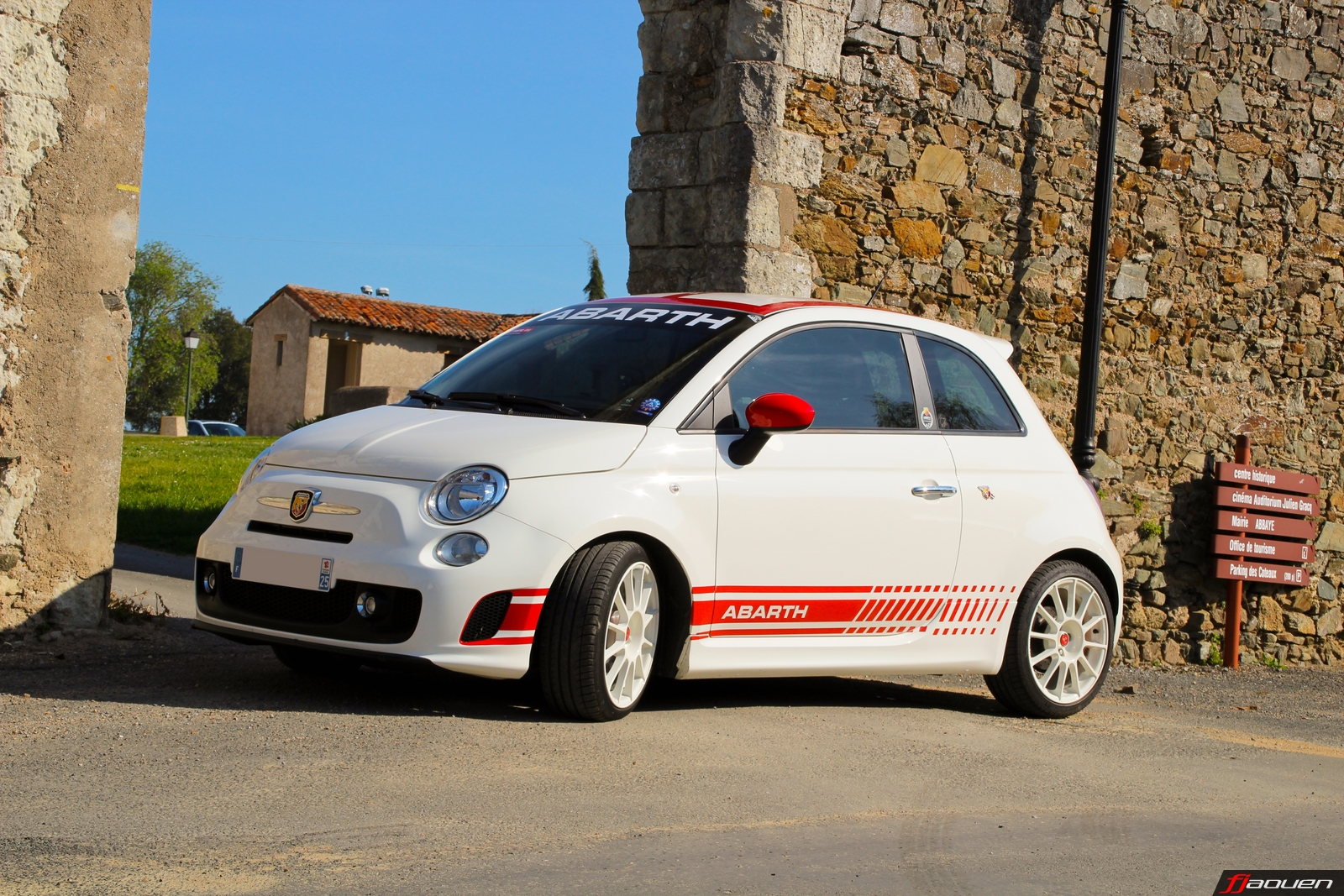 abarth 500. Black Bedroom Furniture Sets. Home Design Ideas